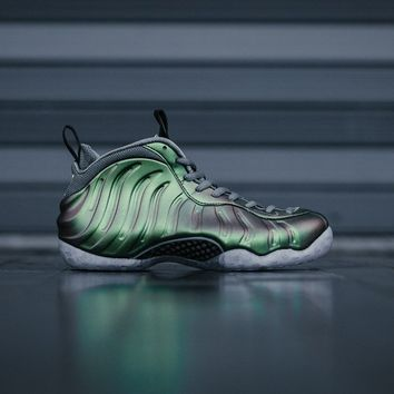 qiyif Nike Air Foamposite 1 'Shine' WMNS AA3963-001