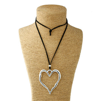 1pcs Silver Lagenlook Large Abstract Alloy Heart Pendant collar Long Suede Leather Necklace