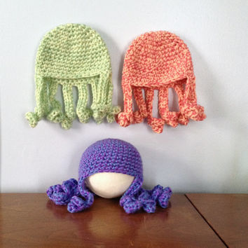 Newborn Octopus Hat - Baby Beanie - Crochet Octopus - Newborn Photo Prop - Baby Animal Hats - Newborn Character Hat - Crochet Baby Hat
