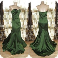 Retro 50s Green Satin Hourglass BOMBSHELL Mermaid Formal Gown Dress 10 HOLLYWOOD
