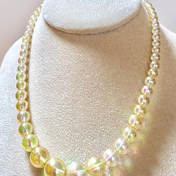 Lucite Bubble Necklace Vintage-Clear Iridescent Soap Bubble Bead Necklace-Aurora Borealis 1950s Bead Necklace