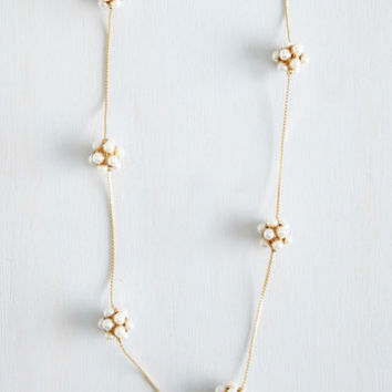 ModCloth Vintage Inspired True Strand Out Necklace