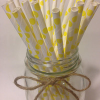 25 Yellow Polka Dot paper straws // baby bridal shower decorations / candy dessert buffet table // wedding // First birthday/new year party