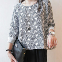 Geometric Print Half Sleeve Top
