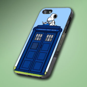 Cute Tardis Dr Who Snoopy - Hard Case Made From Plastic or Rubber - For iPhone 4/4s, 5, 5c, 5s, iPod 4, 5, Samsung S3, S4