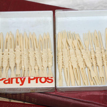 Vintage Tiki Cocktail Forks 2 Boxes | Party Picks for Hors d'Oeuvres , Appetizers , Olives , Cheese | Total 33 Party Food Picks Faux Ivory