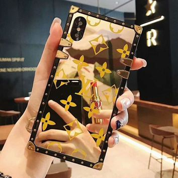 LV Louis Vuitton Fashionable Chic Mobile Phone Cover Case For iphone 6 6s 6plus 6s-plus 7 7plus 8 8plus X XsMax XR