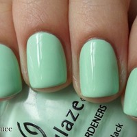 China Glaze Nail Polish Lacquer (80937-Re-Fresh Mint) Up & Away NEW LIGHT GREEN