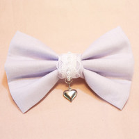 Charmed Bow in Lilac