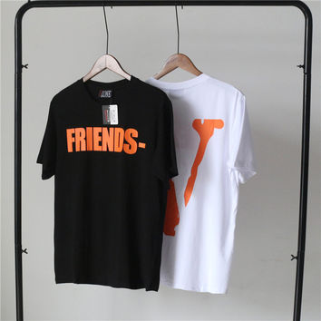 """VLONE FRIENDS"" Personality Letter Big V Print Short Sleeve Couple T-shirt Unisex Tee"