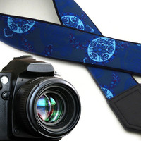 Turtles camera strap. Blue and white stylized SLR camera strap. Shoulder camera straps for everyone by InTePro