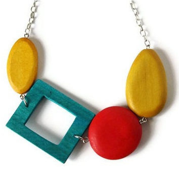 CIJ Sale 15% OFF Bright Colors Wood Necklace in Teal, Mustard Yellow and Red. Chunky Beaded Necklace.
