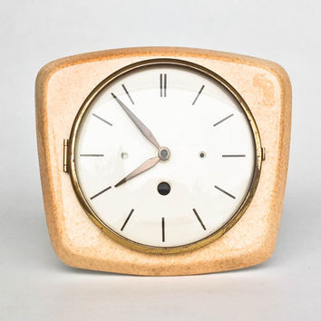 Mid Century Ceramic Wall Clock / Light Brown & White / Brass / 50s Germany