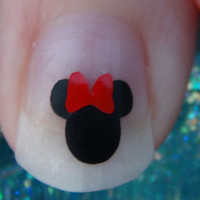 40 MINNIE MOUSE Size SMALL with Bow Inspired Nail by TrinityNails