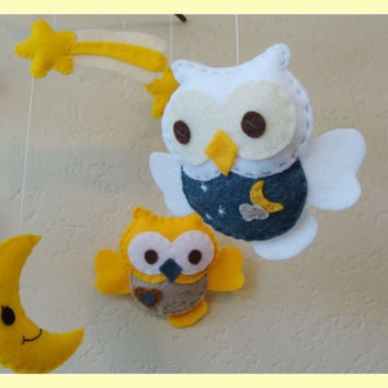 Hanging Mobile Forest friends Baby Owls in night sky by hingmade