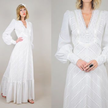 70's White WEDDING Chevron Lace Bridal Dress COTTON Ruffle Hippie Gunne Satin Ribbon gown Maxi Poet sleeve xs / small