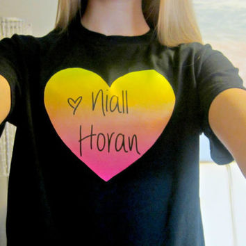 One Direction 1D Pink/Orange/Yellow Ombre Heart T-Shirt in Black Size Adult Small (Option of Niall, Harry, Louis, Zayn, or Liam)