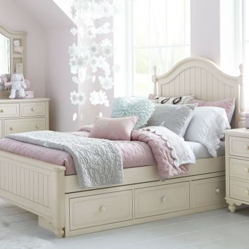 6482 Summerset Taupe - Low Poster Bed
