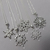 Snowflake Necklace, Sterling Silver Snowflake Necklace, Christmas Gift, Christmas Necklace, Christmas Jewelry, Gift for Her, Girlfriend Gift