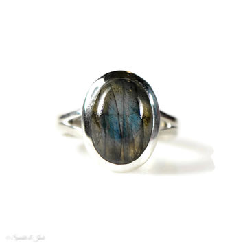 Sterling Silver Natural Oval Labradorite Ring