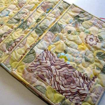 Set Of Six Placemats , Yellow And Blue Placemats , Six Quilted Placemats