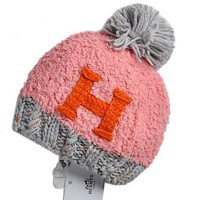 Hermes New fashion Hairball knit splice cap Pink