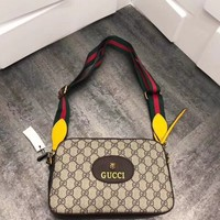 Gucci GG Supreme Small Shoulder bag
