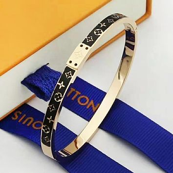 LV Louis Vuitton Fashion New Monogram Women Men Bracelet Accessories Rose Gold