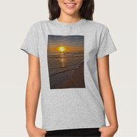 T-shirt: Sunset by the Beach T-shirt