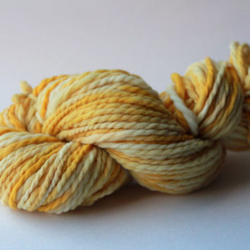OOAK Naturally Dyed Handspun Skein 02 - Natural Yarn Collection - Handspun Super Bulky Merino Wool 100g