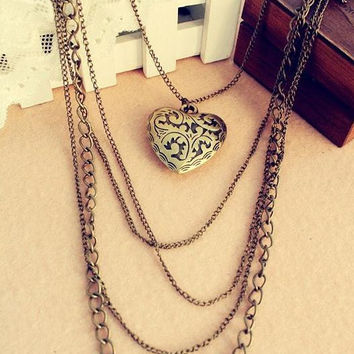 Heart Pattern Long Pendant Necklace