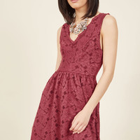 Best Supporting Style Lace Dress in Cranberry