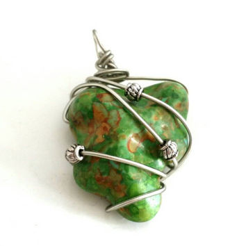 Silver Wire Wrapped Green Turquoise Pendant, Handmade Artisan Jewelry, Removable Pendant, Wire Wrapping Stone