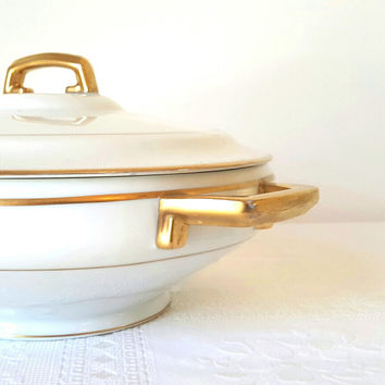 Antique Hutschenreuther Covered Casserole Vegtable Dish Bowl Selb Bavaria Wedding Bridal Gift Classic Style Elegant