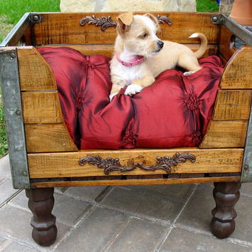 Upcycled Milk Crate Dog or Cat Bed by SammysBackyardCraft on Etsy