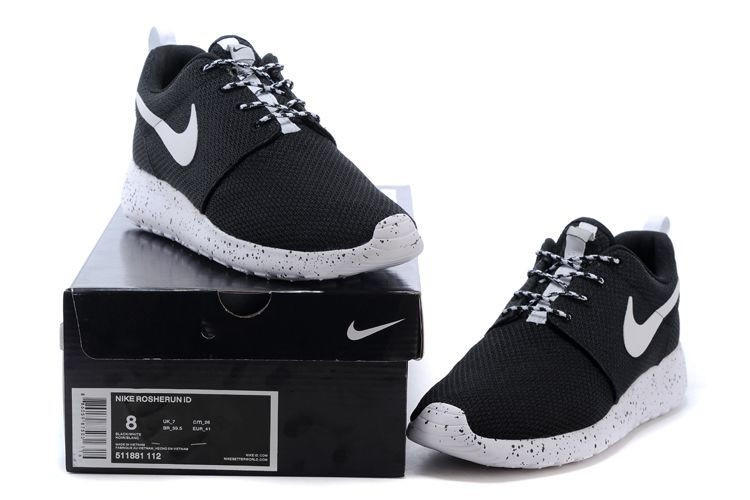on sale c9677 7198e n062 - Nike Roshe Run (Oreo BlackWhite)