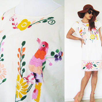 Vintage 70's embroidered bird paradise cream beige creme mexican tribal native ethnic caftan summer floral flower bohemian boho hippie