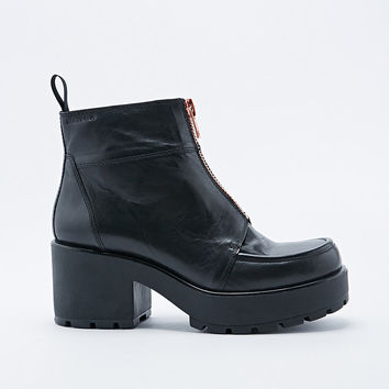 Vagabond Dioon Zip-Front Boots in Black - Urban Outfitters