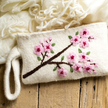 Felted Cherry Blossom Clutch in Ivory White, Romantic Accessories, Shabby Chic Zipper Pouch, Floral Cosmetic Bag, Pure Wool