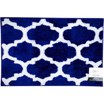 "Mainstays Fretwork Bath Rug, Navy/White, 1'8"" x 2'6"" - Walmart.com"