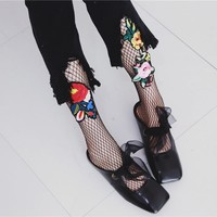 [COSPLACOOL]New Embroidery Flowers Pattern Pantyhose Fishnet Harajuku Sexy Tights Women Mesh Meias Hollow Fish Net Stockings