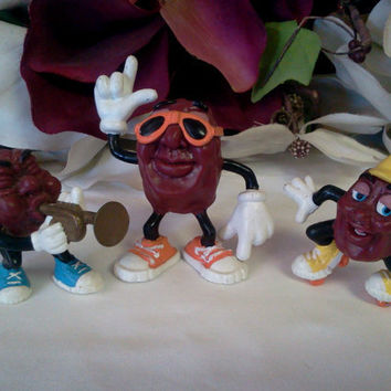 Vintage California Raisins Figurines