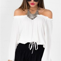 Captured top in white