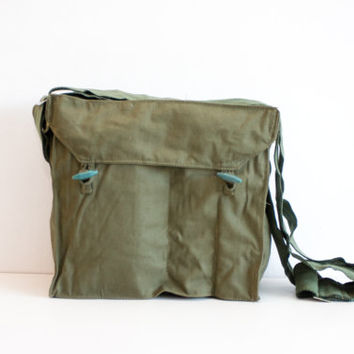 Vintage Shoulder Bag, Military Messenger Bag, Army Shoulder Gas Mask Bag, Spring Green, Gift for Him