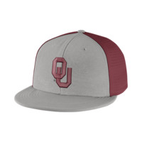 Nike College Players True Swoosh Flex (Oklahoma) Fitted Hat Size FLX (Grey)
