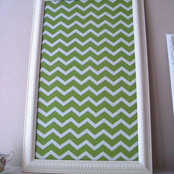 White Wooden Framed Pinboard Chevron Fabric Covered Cork Board Dorm Room Bedroom Furniture