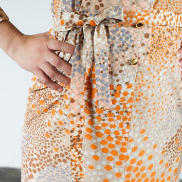 Vintage 1970s Checkaberry orange patterened shirtwaist maxi with belt and metallic accent