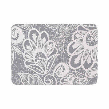 "Petit Griffin ""Lace Flower"" Gray White Memory Foam Bath Mat"