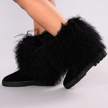 Cozy Fur Boot - Black