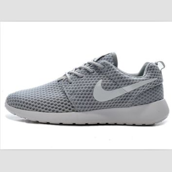 NIKE Roshe Run cellular breathable running shoes Light gray white